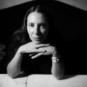 Samara Lubelski (06-10-2016)